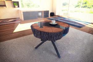 Dekoracyjny stolik z belki drewna